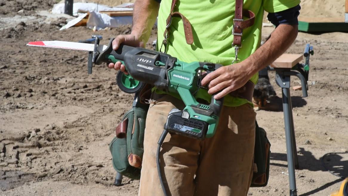MV Reciprocating Saw with AC Adapter