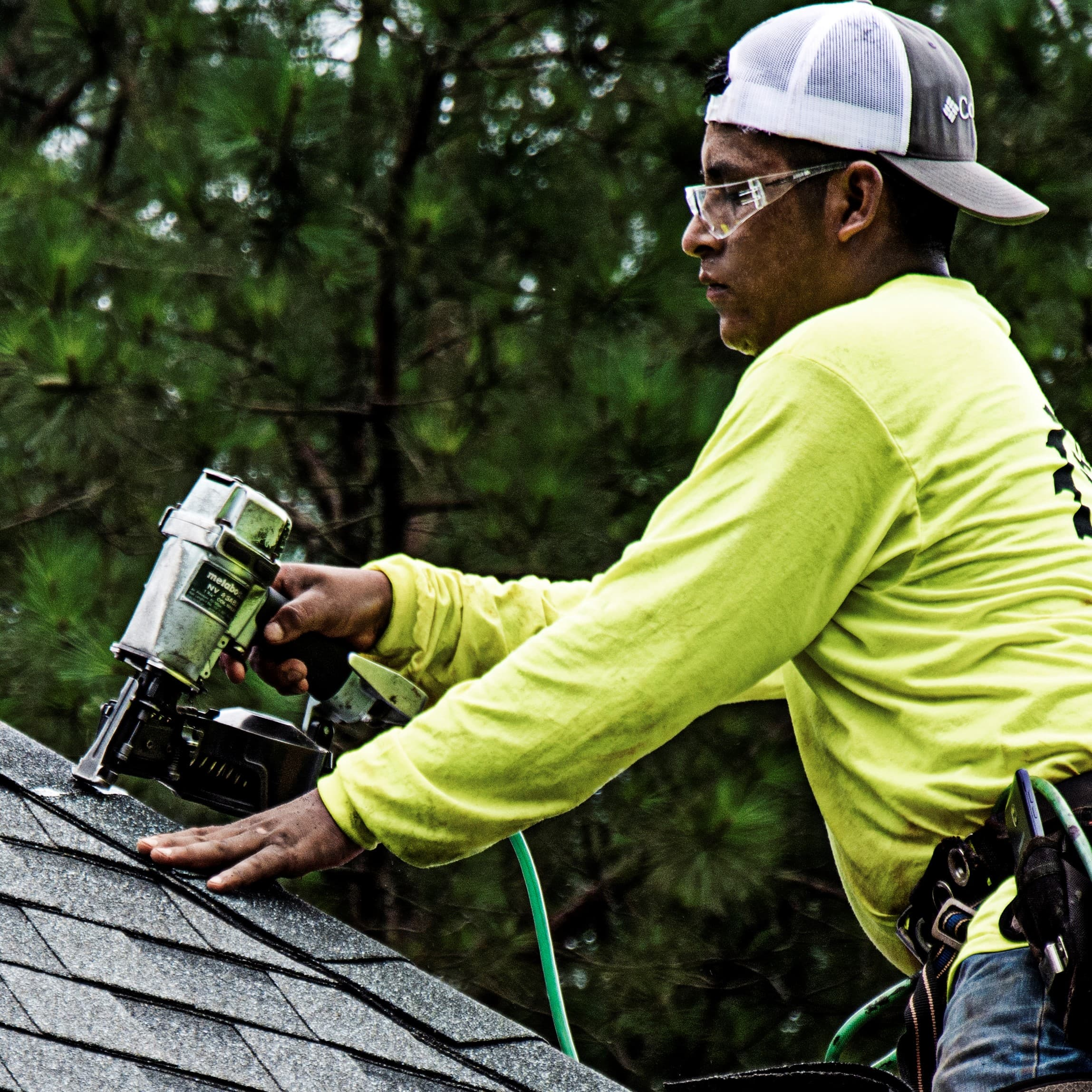 Metabo HPT Roofing Nailer Lifestyle Opt